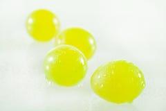 水多的绿色葡萄 免版税图库摄影