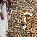 多福饼的干燥形成俄国膳食-面包环形 库存照片