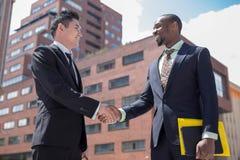 多种族企业队画象  免版税图库摄影