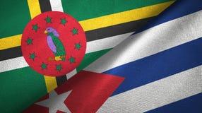 多米尼加和古巴两旗子纺织品布料,织品纹理 免版税库存照片