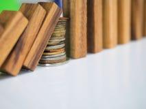 多米诺作用终止 免版税库存图片