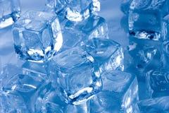 多维数据集冻结的冰 免版税库存照片