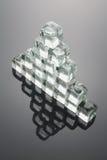 多维数据集被形成的冰金字塔 图库摄影