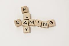 多维数据集赌博作用木头 库存图片