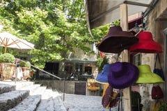 多色夏天的帽子 免版税库存图片