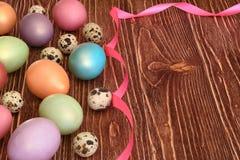 多色的复活节彩蛋 库存图片