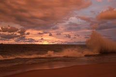 多雨海滩 免版税库存照片