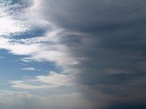 多雨的云彩 免版税图库摄影