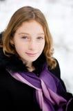 多雪森林的女孩 库存照片