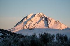 多雪的山峰在西班牙 免版税库存照片