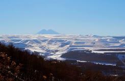 多雪的山 免版税库存图片