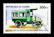 多项戴姆勒- 1898,历史的公共汽车serie,大约1995年 库存图片