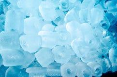 多维数据集冰熔化 免版税图库摄影