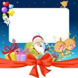 夜与圣诞老人、驯鹿和雪人的圣诞节框架 免版税库存图片