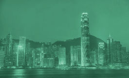 夜光河视图概念的香港市 库存图片