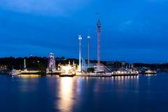 夜公园Grona Lunds Tivoli的看法 斯德哥尔摩 瑞典 免版税库存图片