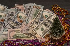 夜冬天背景 对假日,圣诞节和新年概念 免版税库存照片