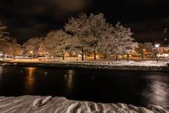 夜在菲利普斯塔德,瑞典2017年12月镇  免版税库存照片