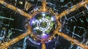 夜在4方式中止街道交叉点圈子环形交通枢纽的城市交通Hyperlapse timelapse在曼谷,泰国 4K UHD horizo 股票视频
