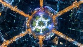 夜在4方式中止街道交叉点圈子环形交通枢纽的城市交通Hyperlapse timelapse在曼谷,泰国 4K UHD horizo 影视素材