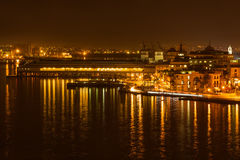 夜场面在哈瓦那旧城 库存照片