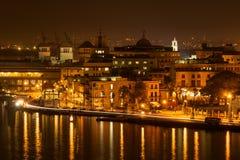 夜场面在哈瓦那旧城 免版税库存照片