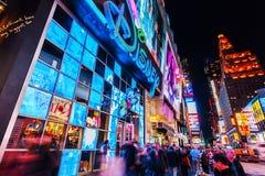 夜场面时常正方形,曼哈顿,纽约 免版税图库摄影