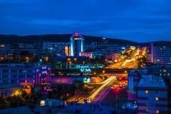 夜城市乌兰乌德 免版税图库摄影
