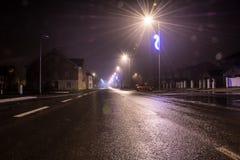 夜城市圣诞节路 免版税库存图片