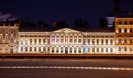 夜城市在欧洲 免版税库存照片