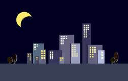 夜城市大厦剪影 免版税库存照片