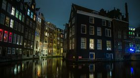 夜城市运河海湾阿姆斯特丹全景4k时间间隔荷兰 影视素材