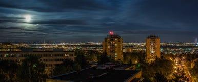 夜城市风景 库存图片