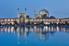 夜射击了阿訇正方形的,伊斯法罕,伊朗Shah清真寺 免版税图库摄影