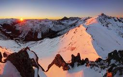 夜山- Tatras在冬天 库存照片