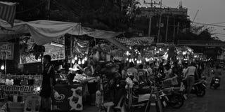 夜市场场面在华欣 免版税图库摄影
