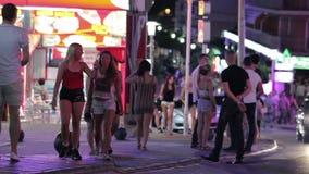 夜市的街道Magaluf 股票录像