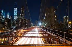 夜布鲁克林大桥 库存图片