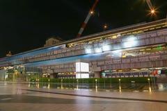 夜曼谷天空火车 免版税图库摄影