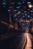 夜有五颜六色的轻的装饰的城市道路 库存照片