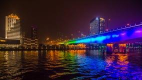 夜桥梁 免版税库存照片