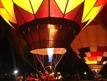 夜气球烧伤 免版税图库摄影