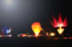 夜气球 免版税库存图片