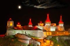 夜照明设备城堡 图库摄影