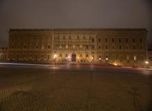 夜王宫的看法在斯德哥尔摩 瑞典 05 11 2015年 免版税图库摄影