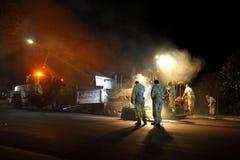 夜班道路工程 免版税库存图片