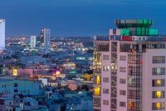 夜生活岘港市市商业区  免版税图库摄影
