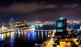 夜生活岘港市市2015年5月商业区  免版税图库摄影