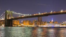 夜空布鲁克林大桥曼哈顿图4k从纽约的时间lpase 股票视频