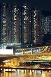 夜被射击城市地平线 免版税库存图片